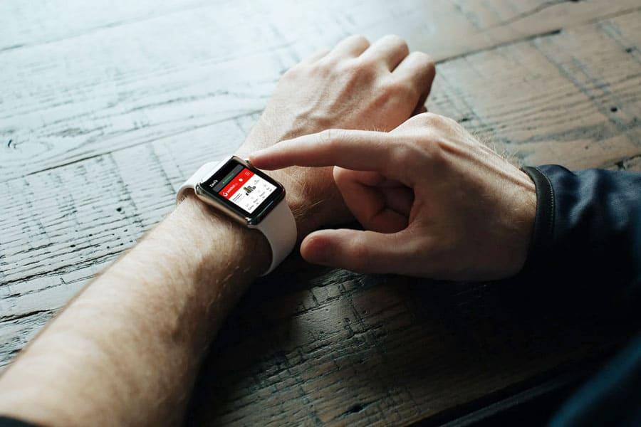 Apple хоче впровадити Touch ID і флеш-камеру в Apple Watch